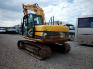 construction-equipment-tracked-excavatorjcb-js-130-3_big-14010617095612957400